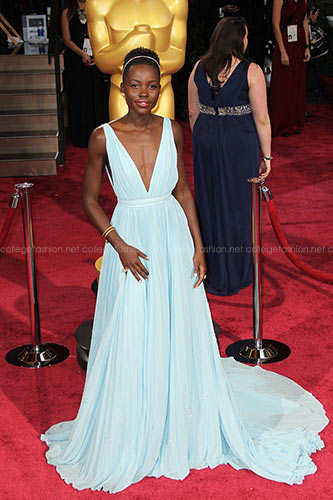 A Few of the Best Looks in Oscars History (& the Women Who Wore Them)